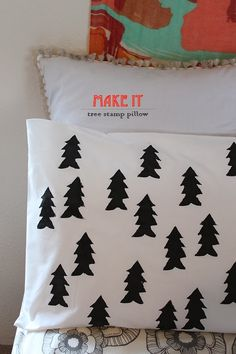 DIY Tree Stamp Pillow Using A Potato | hammerandheelsblog.com