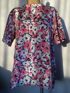 #70s #Vintage #Warhol #Style #Pink #Floral #Blouse Size #Medium by Thriftiquities http://etsy.me/ZholPh via @Etsy #Retro #Fashion #Style
