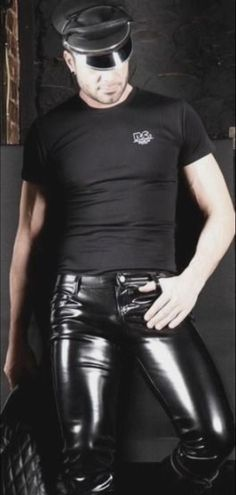 Mens Leather Pants, Tight Leather Pants, Latex Men, Black Men, Sexy Men, Black Leather, Menswear, How To Wear, Second Skin