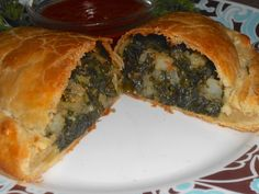 Shawna's Food and Recipe Blog: Garlic Kale Cornish Pasty with Salsa di Pomodoro