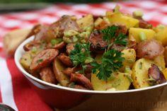 Sausage Potato Salad {#SundaySupper: Summer BBQ} | www.girlichef.com