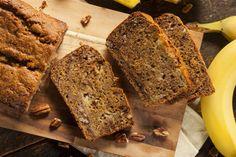 """Heerlijk gezond bananenbrood recept, erg lekker en ook nog eens verantwoord. Er zit geen suiker en geen boter in dus ben je op """"de gezonde"""" toer dan is dit een lekker alternatief voor bij de koffie of zelfs als ontbijt kun je deze cake/brood eten"""