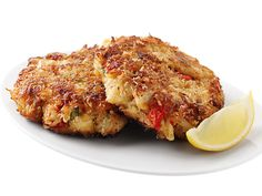 Ellie's Crab Cakes : Ellie Krieger relies on good-quality lump crab, not fillers, to make this cake shine. A panko breadcrumb crust keeps them moist inside and crisp on the outside.