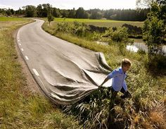 Long-road - Mind-bending car art by Erik Johansson (© Erik Johansson)