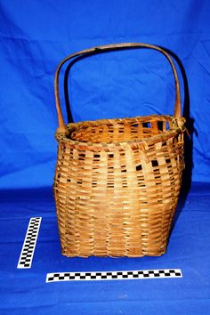 Lighthouse Basket - Donated by © Ken Feder