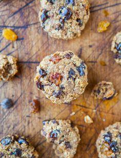 Healthy Snacks For Diabetics, Healthy Foods To Eat, Healthy Smoothies, Healthy Treats, Healthy Eating, Sugarless Cookies, Cookies Vegan, Healthy Oatmeal Cookies, Oatmeal Chocolate Chip Cookies