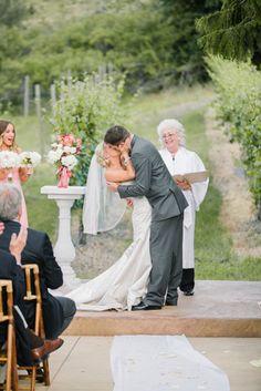 Karma Winery Wedding by Clane Gessel Photography | #weddings #photography #ceremony