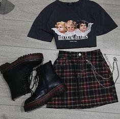 Egirl Fashion, Teen Fashion Outfits, Grunge Fashion, 90s Grunge, Grunge Style, Grunge Girl, Grunge Look, Goth Style, Kawaii Fashion