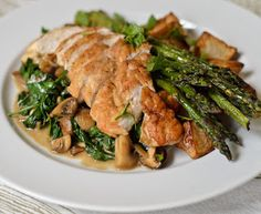 Melinda Besinaiz: 90 Days of Clean Eating Recipes: Balsamic Chicken and mushrooms- I would try this with spinach instead of mushrooms.