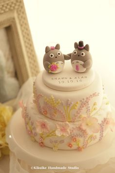https://flic.kr/p/zDoeuv | Totoro トトロ wedding cake topper | www.etsy.com/shop/kikuike?ref=listing-shop-header-item-count