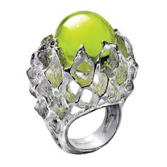 Gold and green crystal. Ring by Baccarrat.