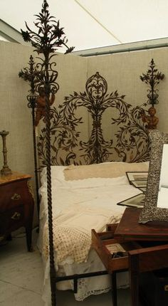 Fleur de Lis Bed Frame Oh MY, I think I might have to find this Wrought Iron Beds, Home Decoracion, Interior And Exterior, Interior Design, Beautiful Bedrooms, Dream Bedroom, Bed Frame, Decoration, Bedroom Decor