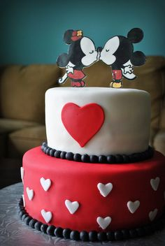 Mickey & Minnie Mouse Engagement Cake by Lana Cakes