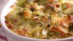 Zapekaná čínska kapusta s údeným mäsom - Pluska. Cabbage, Vegetables, Food, Cabbages, Hoods, Vegetable Recipes, Meals, Brussels Sprouts, Veggies
