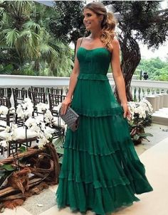 Espaguete Longo A linha Verde Chiffon Vestidos de baile, Vestidos de noite - Prom Dresses - Vestido de Festa Elegant Dresses, Pretty Dresses, Beautiful Dresses, Sexy Dresses, Summer Dresses, Long Dresses, Casual Dresses, Tight Dresses, Fall Formal Dresses