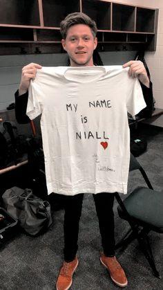 Wallpaper Niall Horan by louehpoetry in 2020 | Niall horan