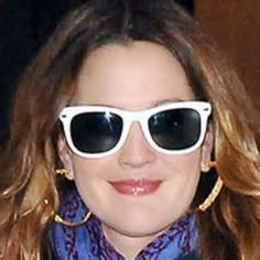 Drew Barrymore in Ray Ban