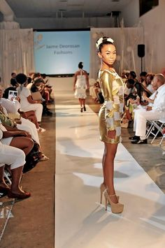 Super Model Liz Green rockin' J'aime Deorosan's Fashions lookin Fabulous!
