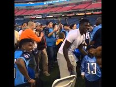 WATCH: Tennessee Titans WRs Kendall Wright and Justin Hunter Clearly Disappointed Team Drafted Marcus Mariota | FatManWriting