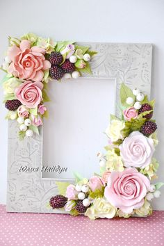Best 25 of yulia naydun vk – BuzzTMZ Clay Crafts, Diy And Crafts, Paper Crafts, Fabric Flowers, Paper Flowers, Picture Frame Crafts, Polymer Clay Flowers, Flower Frame, Cold Porcelain