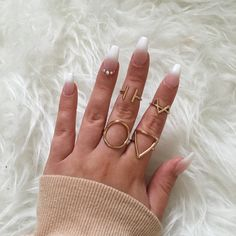 coffin nails, jewlery, gold, rinestones, ombre, airbrush, air brush nails, prom nails, french tip, white nails, neutral tones, neutral nails