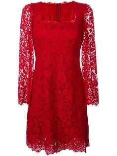 Compre Dolce & Gabbana Vestido com renda floral em Pozzilei from the world's best independent boutiques at farfetch.com. Compre em 400 boutiques em um único endereço.