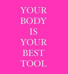 Bodyweighttraining - also das Training mit dem eigenen Körpergewicht ist nicht nur funktional, schnell und überall durchführbar, sondern fordert meist viel mehr Muskeln als Gewicht- oder Maschinentraining. Zudem formt es eine blendende Figur!