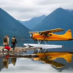 chrisburkard: By far the Raddest form of transportation has to be a floatplane… (at Deep in the heart of the PNW)