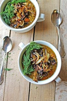 Simple and tasty vegan recipe for Danish split pea soup with dill! A bowl full of healthy and hearty ingredients!