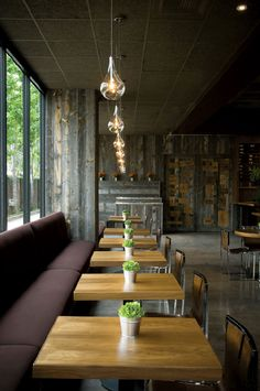 Super Ideas For Kitchen Bar Cafe Restaurant Design Small Restaurant Design, Plan Restaurant, Architecture Restaurant, Deco Restaurant, Restaurant Seating, Restaurant Interior Design, Interior Design Kitchen, Architecture Design, Restaurant Lighting