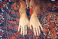 lush-jewlery-vavavida-handmade-boho-jewelry-one-tribe-apparel-harem-pants-chloe-and-isabel-cuff-illuminare-boutique-gypsy-bunnie-mala-beads-headpiece DSC_0211