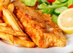 Fish'n'Chips gehören zu Großbritannien wie die Pizza zu Italien. Eines der ältesten 'Fast Food' , immerhin gibt es Fish'n'Chips seit über 150 Jahren, verdient im Gegensatz einiger moderner 'Errungenschaften' wenigsten noch die Bezeichnung Food.   Frisch angelandeter Fisch in einer leichten Hülle aus Backteig, dazu frittierte frische Kartoffeln – einfach lecker!  http://einfach-schnell-gesund-kochen.de/fishnchips/