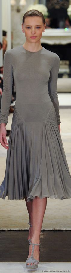 Ralph Lauren | Pre-Fall 2014 #synvansweete @Synthia Imbert Imbert Van Sweete. Beautiful but would need a shaper under it.