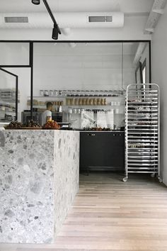 Tercera tienda en Barcelona de chök, the chocolate kitchen. Project by INTSIGHT