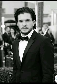 Pin for Later: These Hot British Boys Look Even Better in Black and White Kit Harington Kit Harington, Jon Snow, Jon Schnee, Gorgeous Men, Beautiful People, Kit And Emilia, King In The North, Game Of Thrones, British Boys