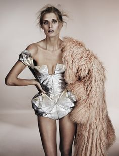 Malgosia Bela in Jean Paul Gaultier Haute Couture, photographed by Josh Olins for Vogue UK December Origami Fashion, 3d Fashion, Editorial Fashion, High Fashion, Fashion Design, Jean Paul Gaultier, Geometric Fashion, Mode Editorials, Fashion Editorials