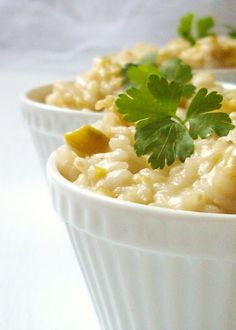 The wise asparagus: Roasted leeks and apple risotto