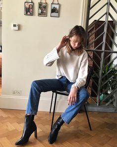 """5,220 Likes, 25 Comments - Lizzy Hadfield (@shotfromthestreet) on Instagram: """"These boots and jeans and lots more winter high street favourites in today's video ⛅️. Link in my…"""""""