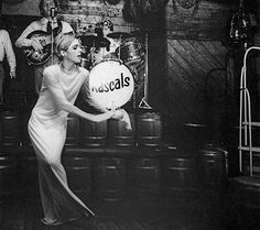 Edie Sedgwick dancing to Rascals.