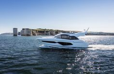 52 ft 2017 Sunseeker Manhattan Accommodations for up to 6 guests plus crew quarters for Stunning satin finished silver oak interior and efficient Volvo Penta IPS 950 engines with 725 hp each. Yacht For Sale, Boats For Sale, Sunseeker Yachts, Bateau Yacht, Boating Holidays, Power Boats, Luxury Yachts, Southampton, Innovation Design