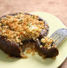 Portobello mushrooms are great grilled but they're also fantastic roasted in the oven. Pop these Roasted Portobello Caps in the oven for a bit, then top with cheesy, herby bread crumbs. Spice them up with a little minced fresh garlic for extra flavor.