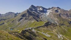 Discover one of the top 3 sights in Austria: the unique High Alpine Road with 48 unforgettable km. Berg, Austria, Beautiful Places, Wanderlust, Mountains, World, Travel, Ticket, Vacations
