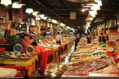 30 Places to Visit in Seoul/ Noryangjin Market