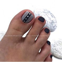 Toenail design is important as your fingernails, especially during the spring and summer. we've collected 42 trending toenail art designs for achieving an impeccable toenail design. Toenail Art Designs, Pedicure Designs, Pedicure Nail Art, Toe Nail Art, Cute Toe Nails, Summer Toe Nails, Feet Nails, Nail Patterns, Colorful Nail Designs