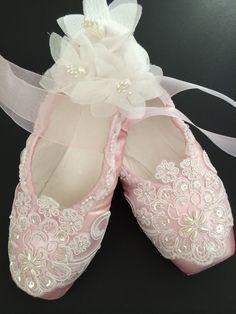 Sleeping Beauty - Aurora's Wedding www.theworlddances.com/ #costumes #tutu #dance