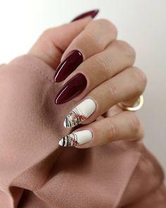 Gdybym miała wybrać najbardziej kobiecy kolor na paznokciach,to na pierwszym miejscu z pewnością znajdzie się klasyczne,głębokie bordo 😍… Nails, Beauty, Finger Nails, Beleza, Ongles, Nail, Cosmetology, Manicures