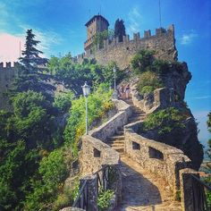 The only way is up to enjoy the great views of #SanMarino. Here to the first tower - Instagram by backpackersteve