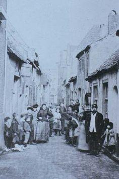 Vlaamsegas en haar bewoners omstreeks 1900.