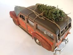 Ford Woody wagon 1/24 scale model car in red with by classicwrecks