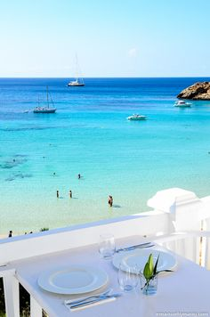 Anyone for lunch? @CottonClub #ibiza